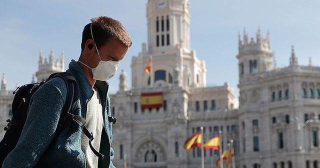 İspanya'da son 24 saatte Kovid-19 nedeniyle 389 kişi hayatını kaybetti