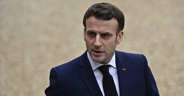 Macron: Daha çok zaman bu virüsle birlikte yaşayacağız