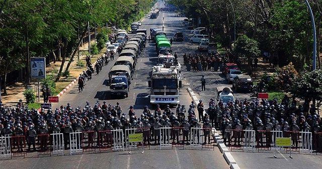 Myanmar'da, ülke genelinde internet kesildi