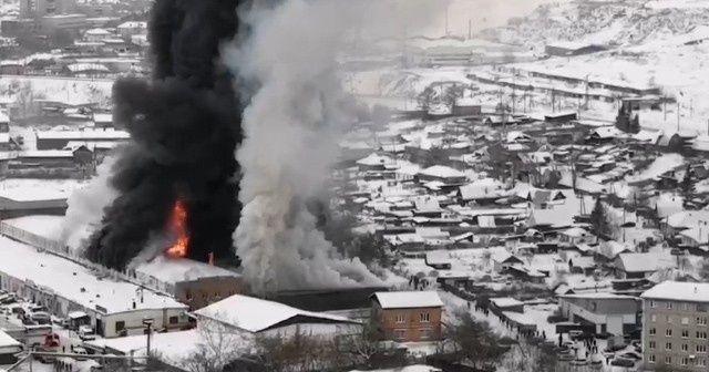 Rusya'da dev fabrika yangını