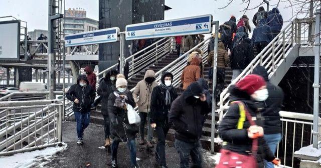 Toplu taşımada kar yoğunluğu