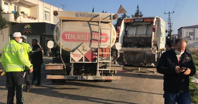 Yakıt tankeri çöp kamyonuna çarptı, temizlik işçisi hayatını kaybetti