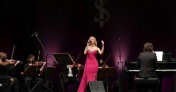 14 Şubat'ta 'Zamansız Aşk Şarkıları' İş Sanat'ta