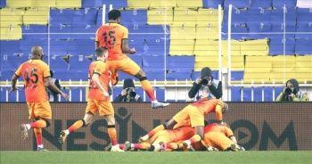 Derbide Fenerbahçe Galatasaray'a 1-0 mağlup oldu