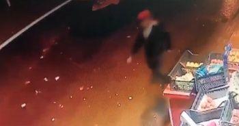 Esnaf genç kadının telefonunu çalan kapkaççıyı kovaladı