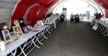 Evlat nöbetindeki aileler, HDP'den çocuklarını istiyor