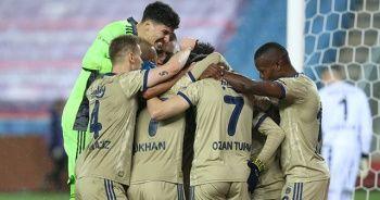 Fenerbahçe, deplasmanda Trabzonspor'u 1-0 yendi