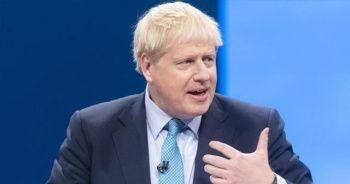 İngiltere Başbakanı Johnson, kısıtlamalarının kaldırılması konusunda umutlu