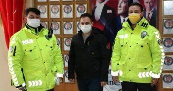Kaza yapan polis adayını ekipler sınava yetiştirdi