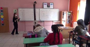Köy okullarında yüz yüze eğitimde ders zili çaldı