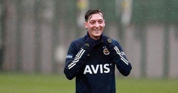 Mesut Özil'in ilk derbisi