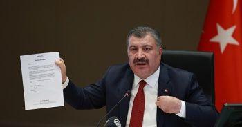 Sağlık Bakanı Koca'dan ücretsiz aşıya ödeme iddiasına cevap