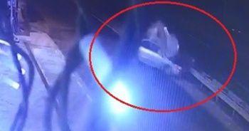 Sürücünün öldüğü kaza güvenlik kamerasına yansıdı