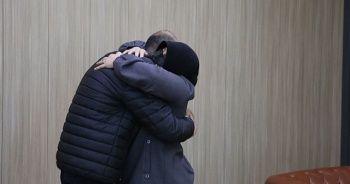 Teslim olan terörist ailesiyle buluştu