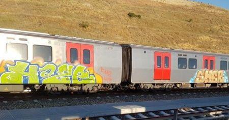 Ankara'da Rusya uyruklu iki genç tren vagonlarını boyarken yakalandı