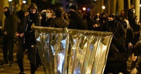 Barselona'da yapılan gösteriler olaylı geçti