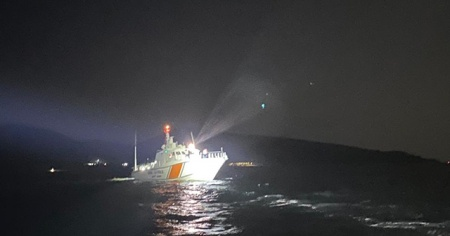 Gökçeada açıklarında tekne alabora oldu: 1 ölü, 2 kayıp