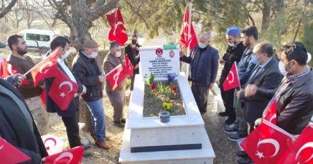 İdlib'de şehit edilen 33 kahraman unutulmadı