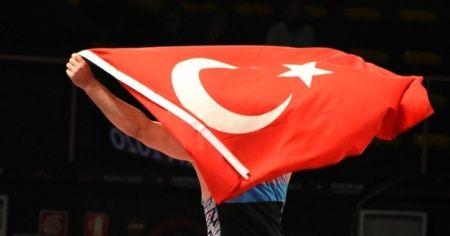 Milli güreşçilerden Ukrayna'da 3 madalya