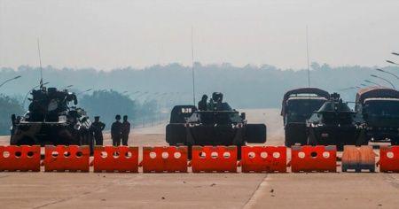 Myanmar'da askeri yönetim, darbeyi eleştiren BM Büyükelçisini görevden aldı