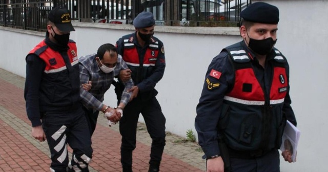 Annesini bıçaklayarak öldüren genç tutuklandı