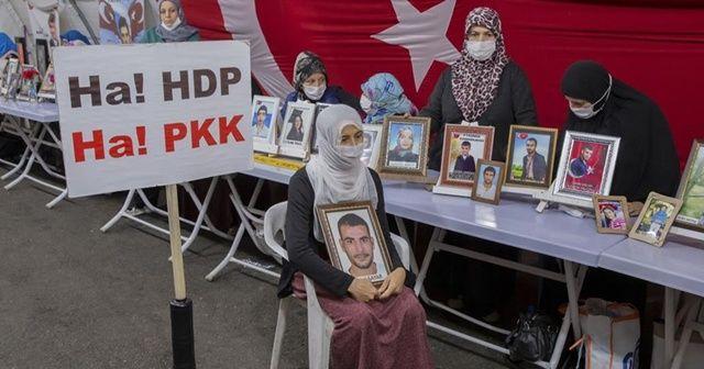 Diyarbakır annelerinden Sayar: Çocuğum gelmeden buradan gitmeyeceğim