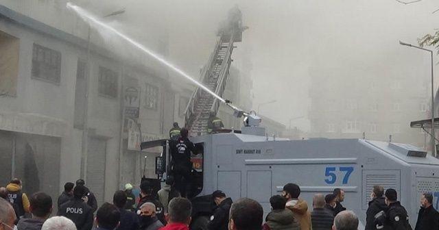 Diyarbakır'da bir işyerinde yangın çıktı