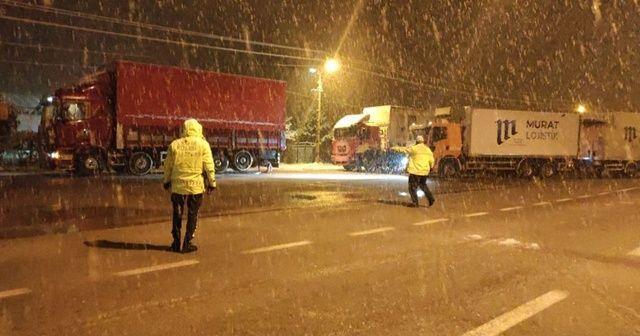 Konya-Antalya karayolu çekici ve tır geçişlerine kapatıldı