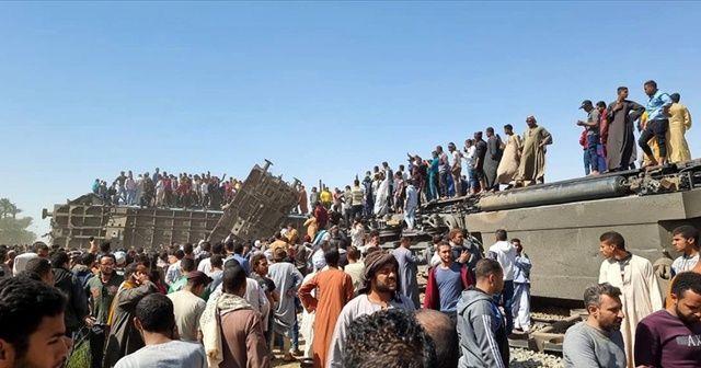 Mısır'da tren kazasıyla ilgili soruşturmada 8 kişiye gözaltı kararı