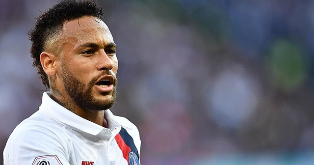 PSG'li Neymar Barcelona'ya karşı forma giyemeyecek