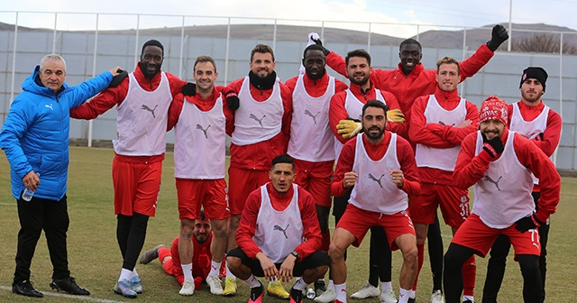 Sivasspor, Trabzon maçına moralli hazırlanıyor