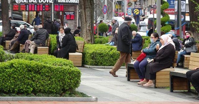 Trabzon'da park ve bahçeler boş kalmıyor