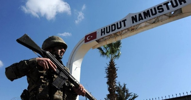 Türkiye'ye yasa dışı yollardan girmeye çalışan biri terörist 2 Suriyeli yakalandı