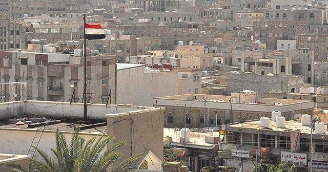 Yemen ordusu, stratejik iki noktada kontrolü sağladı