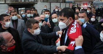 """""""Stop Erdoğan"""" ilanlarına Bakan Kurum'dan """"Non-stop Erdoğan"""" yanıtı"""