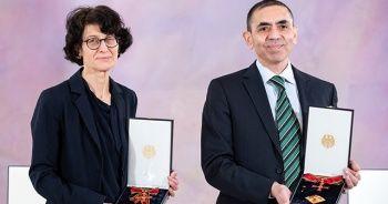Almanya'dan Özlem Türeci ve Uğur Şahin'e devlet nişanı