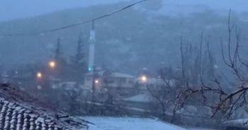 Edirne'de kar yağışı etkili olmaya başladı