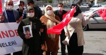 Evlat nöbetindeki ailelerin çığlığı Türkiye'yi sarmaya devam ediyor