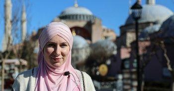 Girmeye çekindiği Sultanahmet Camisi'nde Müslümanlıkla tanıştı