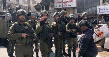 İsrail güçleri, Filistinli protestoculara saldırdı