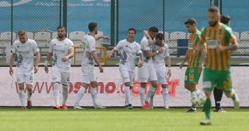 İttifak Holding Konyaspor zor da olsa kazandı