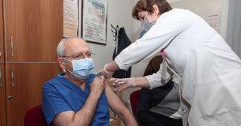 Kemal Kılıçdaroğlu ikinci doz aşısını oldu