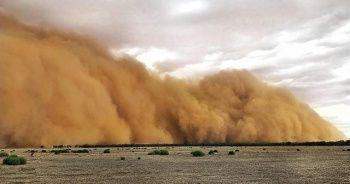 Körfez ülkeleri kum fırtınasının etkisi altında