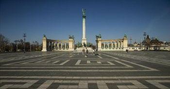 Macaristan'da Kovid-19 salgınında günlük vaka sayısı en yüksek seviyeye ulaştı