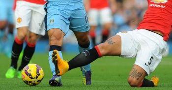 Manchester United'dan M. City'e çelme