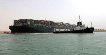 Süveyş Kanalı İdaresi: Kanaldan geçmeyi bekleyen 321 gemi var