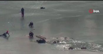 Ukrayna'da buz tutan nehre düşen 4 kişi son anda kurtarıldı