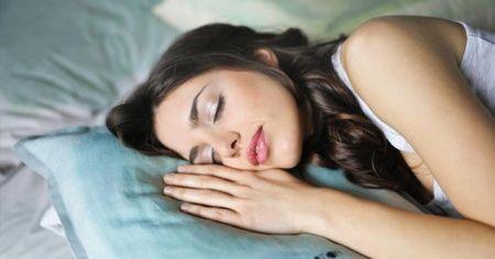 'Boyun ağrılarından korunmak tek yastıktan geçiyor'