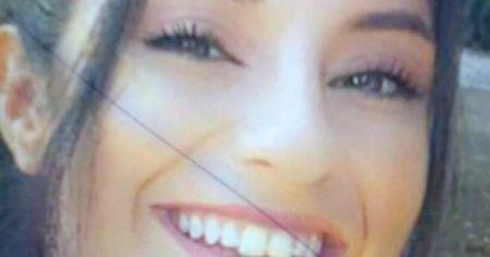 Asansör dairesinde ölü bulunan genç kadın toprağa verildi