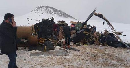 Askeri helikopter düştü: 11 şehit
